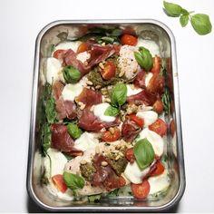 Kylling i form med spinat, spekeskinke og mozzarella — Hege Hushovd