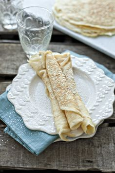 how-to-make-crepes   5 eggs  1 1/2 cups milk  1 cup water  2 cups flour  6 tablespoons melted butter  1/4 teaspoon salt  extra butter for frying