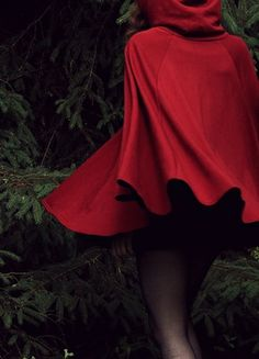 American Apparel California Fleece Cape cranberry bordeaux rot Poncho Little red riding hood