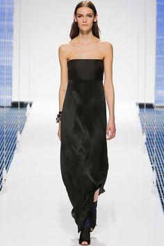 Christian Dior Resort 2015 Fashion Show Collection: See the complete Christian Dior Resort 2015 collection. Look 64 News Fashion, Fashion Show, Fashion Outfits, Fashion 2015, Fashion Weeks, Christian Dior, Couture Fashion, Runway Fashion, Good Looking Women