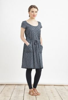 Tombolo Dress - 100% cotton - another one that would  be comfy for a long train journey.