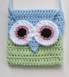 *** Pattern No 2 *** *** PDF PATTERN ONLY*** This is a crochet pattern for a super cute owl handbag. It measures approx 4.5in/11.5cm square with flap and a 36in strap. Its an ideal gift for the little girl in your life and is so so simple to make. One size pattern. Materials : UK: