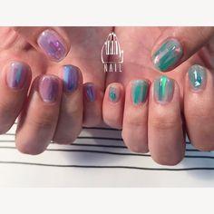 富良野のラベンダー畑をイメージして✨▫️⬜️◽️◻️#nail#art#nailart#ネイル#ネイルアート #nuance#aurora#purple#green#lavender#透け感#抜け感#アシメカラー#ショートネイル#nailsalon#ネイルサロン#表参道#nuance111#green111#purple111#アシメ111 (111nail)