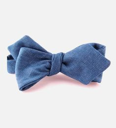 Keep it classic and casual with this hand sewn chambray bowtie.