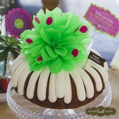"This bundt cake will definitely be the ""Center of Attention"" of all your celebrations this Spring! 