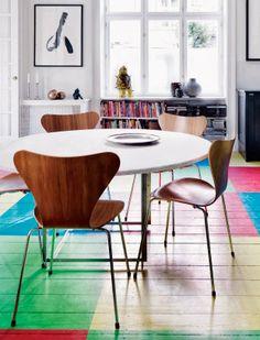 Uma casa na Dinamarca com pitadas de cores | Casinha colorida
