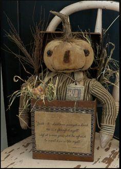 Jack-O-Lantern Pumpkin Head - The Button Box Halloween Doll, Holidays Halloween, Vintage Halloween, Halloween Crafts, Halloween Decorations, Primitive Pumpkin, Primitive Crafts, Primitive Snowmen, Pumpkin Crafts