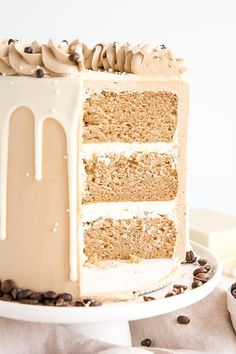 This white chocolate mocha cake pairs tender white chocolate espresso cake layers with a whipped white chocolate ganache and silky espresso buttercream. Cakes To Make, How To Make Cake, Drip Cake Recipes, Easy Cake Recipes, White Chocolate Ganache, Chocolate Espresso, Cake Chocolate, Espresso Coffee, Coffee Coffee