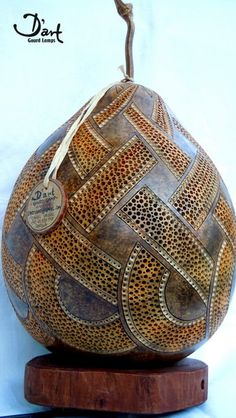 Gourd Lamp so much detail.  Cool!                http://www.etsy.com/listing/112986382/dart-gourd-lamp-13?