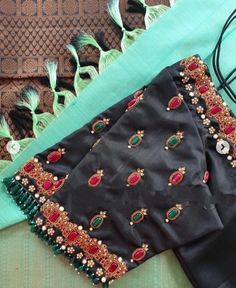 Kids Blouse Designs, Simple Blouse Designs, Sari Blouse Designs, Designer Blouse Patterns, Bridal Blouse Designs, Blouse Simple, Work Blouse, Hijab Dress, Anarkali Dress