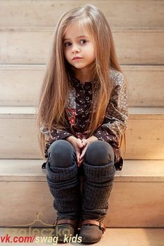 want a baba like this one Cute Little Girls Outfits, Cute Little Baby, Cute Baby Girl, Cute Girls, Cute Babies, Stylish Little Girls, Little Girl Photos, Pretty Kids, Beautiful Little Girls