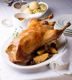 Gefüllter Gänsebraten mit Soße von Einfach Hausgemacht, Mein Magazin für Haus und Küche für das Weihnachtsmenü