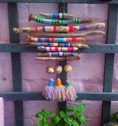 Hand Made , Handbemalte Strand Treibholz Dreamcatcher Textile Wandbehang Boho Hippie Ibiza . Handgemalte Strand Treibholz Dreamcatcher Textile Wandbehang Boho H. Kids Crafts, Beach Crafts, Diy And Crafts, Craft Projects, Arts And Crafts, Seashell Crafts, Food Crafts, Summer Crafts, Flower Crafts