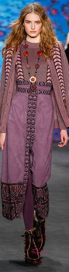 New York Fashion Week.          Anna Sui.          Fall 2015.          Ready-To-Wear.