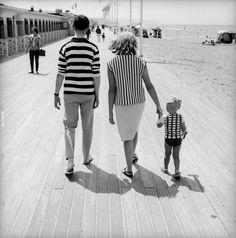 Фотоподборка дня: забавные снимки, сделанные на улицах Франции в 50-х и 60-х годах | MixStuff