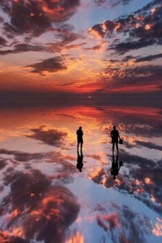 Salar de Uyumi, Bolivia - when it rains, the ground becomes a mirror due to the salt flats Places To Travel, Places To See, Travel Destinations, End Of The World, Wonders Of The World, Beautiful World, Beautiful Places, Bolivia Travel, South America Travel