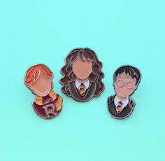"19 ""Harry Potter"" Enamel Pins Every Potterhead Will Want #timbeta #sdv #betaajudabeta"