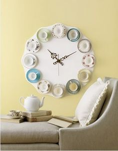 This Tea Cup Clock has long been in my mind to make.  In fact, I have started collecting lonely tea cups to make it for my dining room or kitchen!  I first saw this picture in a magazine at a doctor's office and just fell in love with it!
