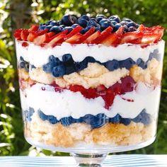 Dishfunctional Designs: Easy 4th Of July Dessert Recipe: Patriotic Berry Trifle Trifle Dish, Trifle Recipe, Recipe 4, Nutella, Ramen, Sunny Anderson, Berry Trifle, 4th Of July Desserts, Holiday Desserts