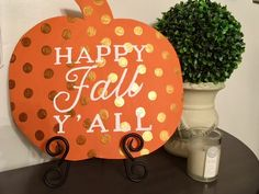 How to make signs with words in cute fonts - and do it pretty easily! Like this cute pumpkin DIY sign, Happy Fall y'all sign Diy Projects To Try, Craft Projects, Craft Ideas, Wood Projects, Decor Ideas, Project Ideas, Fall Crafts, Diy And Crafts, Holiday Crafts