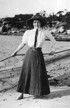 Edwardian Era Fashion, 1900s Fashion, 19th Century Fashion, Vintage Fashion, Edwardian Dress, Gothic Fashion, Historical Costume, Historical Clothing, Ball Gowns Evening