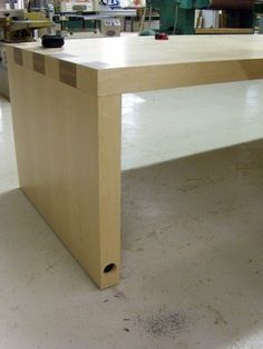 Building a Veneered Maple Desk with Jared Patchin--Part 2