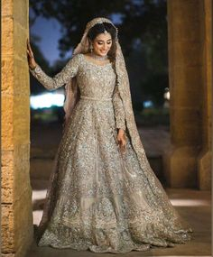 Best Picture For Bridal Outfit blush pink For Your Taste You are looking for something, and it is going to tell you exactly what you are looking for, and you didn't find that picture. Latest Bridal Dresses, Asian Bridal Dresses, Asian Wedding Dress, Pakistani Bridal Dresses, Indian Bridal Outfits, Wedding Dresses For Girls, Pakistani Dress Design, Asian Bridal Hair, Indian Dresses