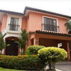 Spanish style homes – Mediterranean Home Decor Mediterranean Style Homes, Spanish Style Homes, Spanish House, Spanish Colonial, Exterior Paint, Exterior Design, House Painting Cost, Fachada Colonial, Interior Design Classes