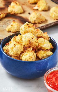 We Can& Stop Snacking On These Parmesan Cauliflower Bites is part of Parmesan cauliflower Looking for a cauliflower recipe This Parmesan Cauliflower Bites from Delish com is the best - Parmesan Cauliflower, Cauliflower Bites, Cauliflower Recipes, Vegetable Recipes, Veggie Food, Gourmet Recipes, Low Carb Recipes, Appetizer Recipes, Cooking Recipes