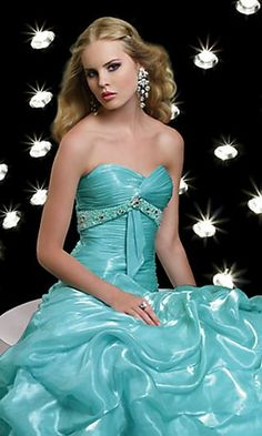 Gorgeous aqua prom dress