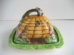 Royal Winton Grimwades Beehive Butter or Cheese Dish 1930's /1940's.