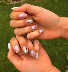 Esmaltado, nails, beauty lines, lineas abstracto, uñas chile cool nails Cool, Nails, Blue, Beauty, Design, Enamels, Abstract, Finger Nails, Ongles