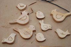 Wooden birds decoration - howto Wooden Bird, Workshop, Birds, Decoration, Atelier, Decorating, Bird, Dekorasyon, Deko