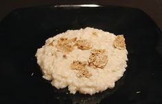 RISOTTO MARCHIGIANO AL TARTUFO  Una facile ricetta della regione Marche, dove da secoli il tartufo è di casa.