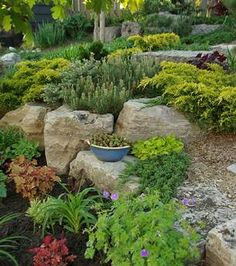 Google Image Result for http://green-living-made-easy.com/image-files/gardendesign10.jpg