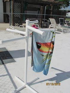 PVC pool side towel rack! #umbrellarack #umbrellarackideas