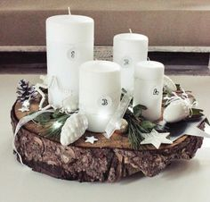 Advent wreath from tree slices themselves make tips ideas rustic white Source by Cozy Christmas, Christmas Time, Christmas Wreaths, Christmas Crafts, Pagan Yule, Deco Table Noel, Tree Slices, Advent Wreath, Deco Floral