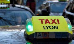 """Europe: Grève des taxis contre """"la concurrence déloyale"""" des VTC - 11/06/2014 - http://www.camerpost.com/europe-greve-des-taxis-contre-la-concurrence-deloyale-des-vtc-11062014/"""