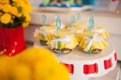 festa com gosto giselle sauer aniversario infantil urso chuva colorido…