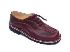 #Zapato en #cuero modelo MANGLAR. #Calzado Artesano. Clica para ver más.