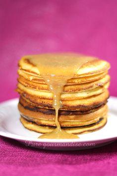 Pancakes au lait d'amande et à la crème de nougat - www.puregourmandise.com