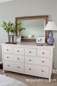Ten June: Master Bedroom Dresser Vignette #blueandwhitelamp #jewelrytray #vintagevases
