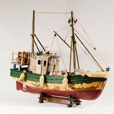 Wooden Vintage Style Fishing Vessel Model  Scale Wood Ship