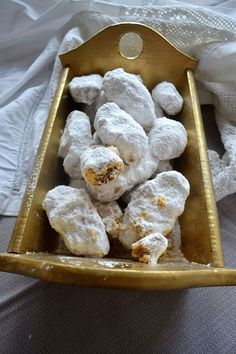 Middle Eastern Desserts, Greek Sweets, Greek Cooking, Peanut Butter Balls, Sweets Cake, Christmas Cooking, Greek Recipes, Sweet Desserts, Going Vegan