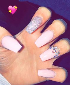 Nail Designs are continually changing, but one thing that doesn't change is the effect a good manicure can have on Classy Nails, Cute Nails, Pretty Nails, Toe Nail Designs, Acrylic Nail Designs, Fabulous Nails, Gorgeous Nails, Prom Nails, Long Nails
