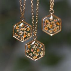 Hexagon Necklace in Gold-fill - Hello Halsted Cute Jewelry, Diy Jewelry, Jewelry Box, Jewelery, Jewelry Accessories, Fashion Jewelry, Jewelry Making, Resin Crafts, Resin Art