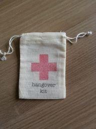 Hangover kit zakjes  10 x 7 cm