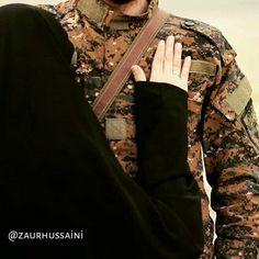 Military Couple Pictures, Military Couples, Military Love, Army Love, Muslim Couples, Army Couple Photography, Cute Couples Photography, Muslim Photos, Religious Photos
