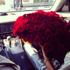 What would you even do once you received this many roses??