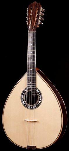 Artimusica Bandola #LardysWishlists #Mandolin ~ https://www.pinterest.com/lardyfatboy/ ~